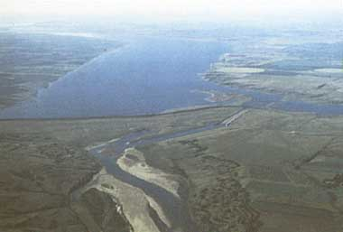 Photo of Lake Diefenbaker
