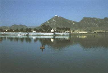 Photo of Lake Fateh Sagar
